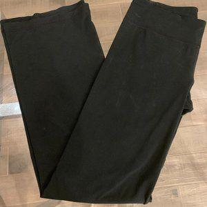 Under Armour Women's Black leggings tapered flare